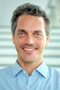 Prof. Harry Ernst Hoster